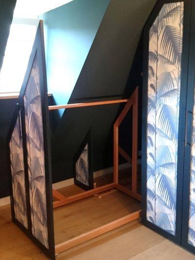 Fronten Falttüren bzw. ausfahrbare Kleiderständer